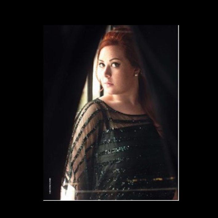 Adele Look Alike