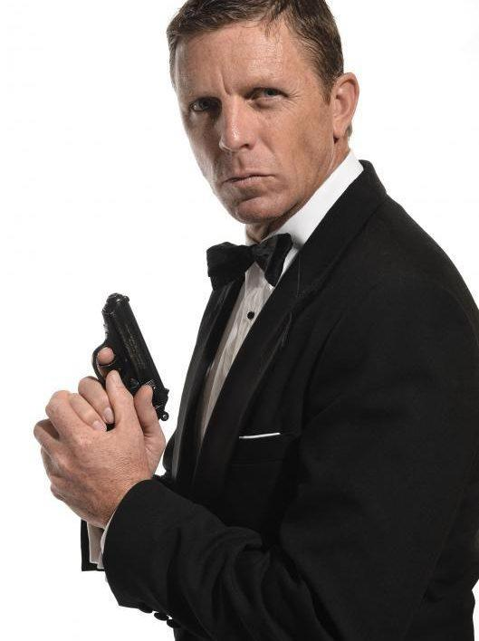 Daniel Craig Look Alike
