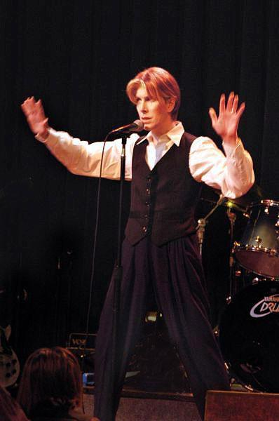 David Bowie Look Alike