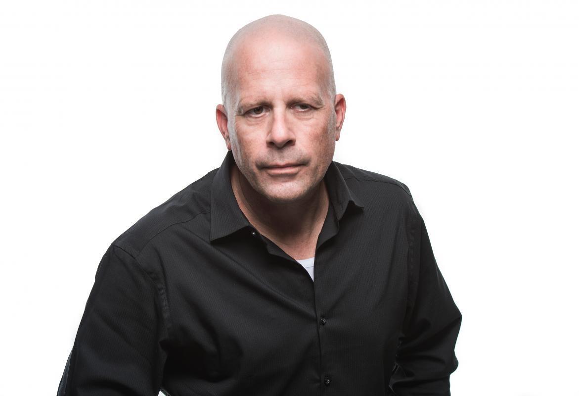 Bruce Willis Look Alike   Mirror Images   Celebrity Double