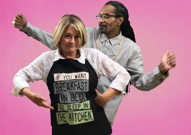 Martha Stewart & Snoop Dogg Look Alikes